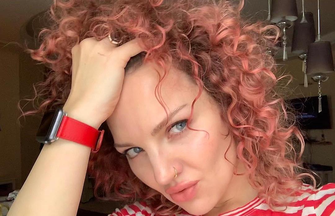 Евгения Тихонова: биография, личная жизнь, муж, дети, семья