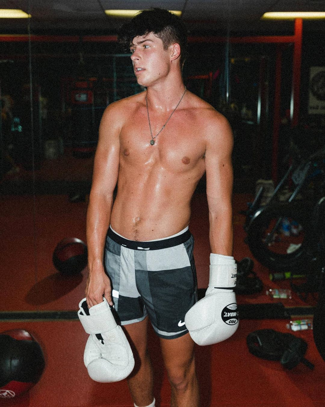 Блейк Грей (Blake Gray): биография блогера из TikTok