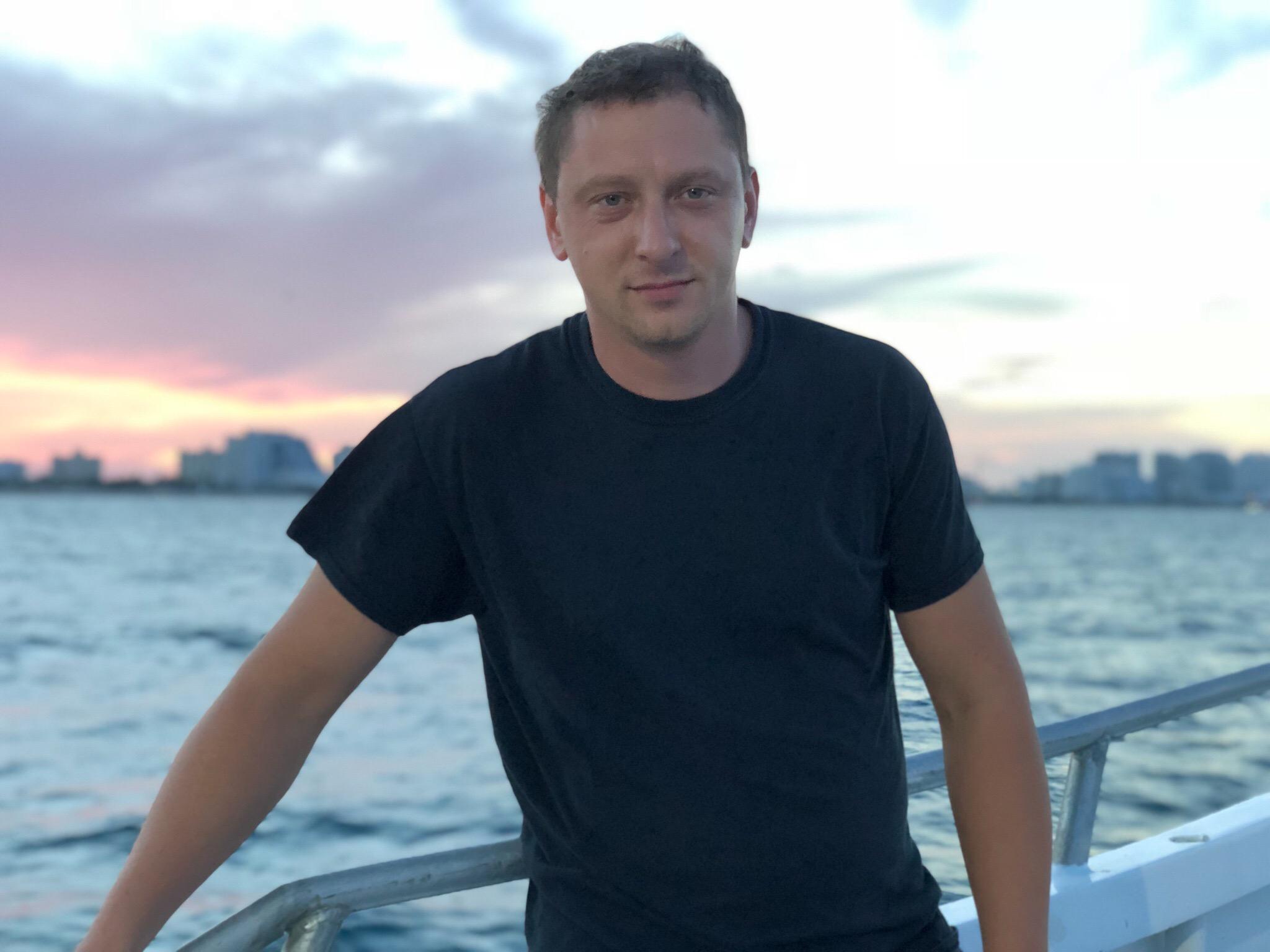 Дима Малаш: биография блогера и дальнобойщика из США