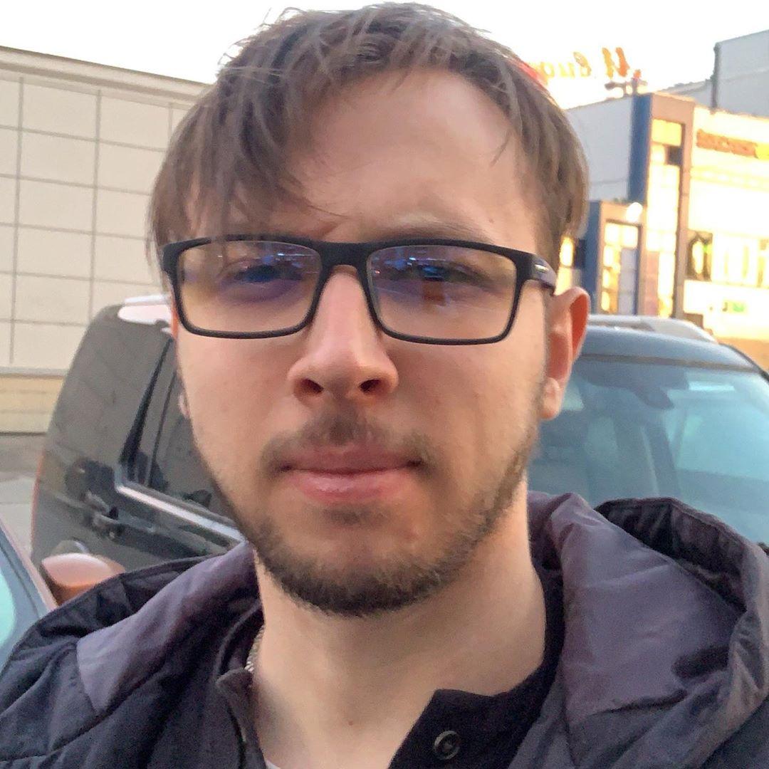 Найс (Артем Васильев): биография блогера