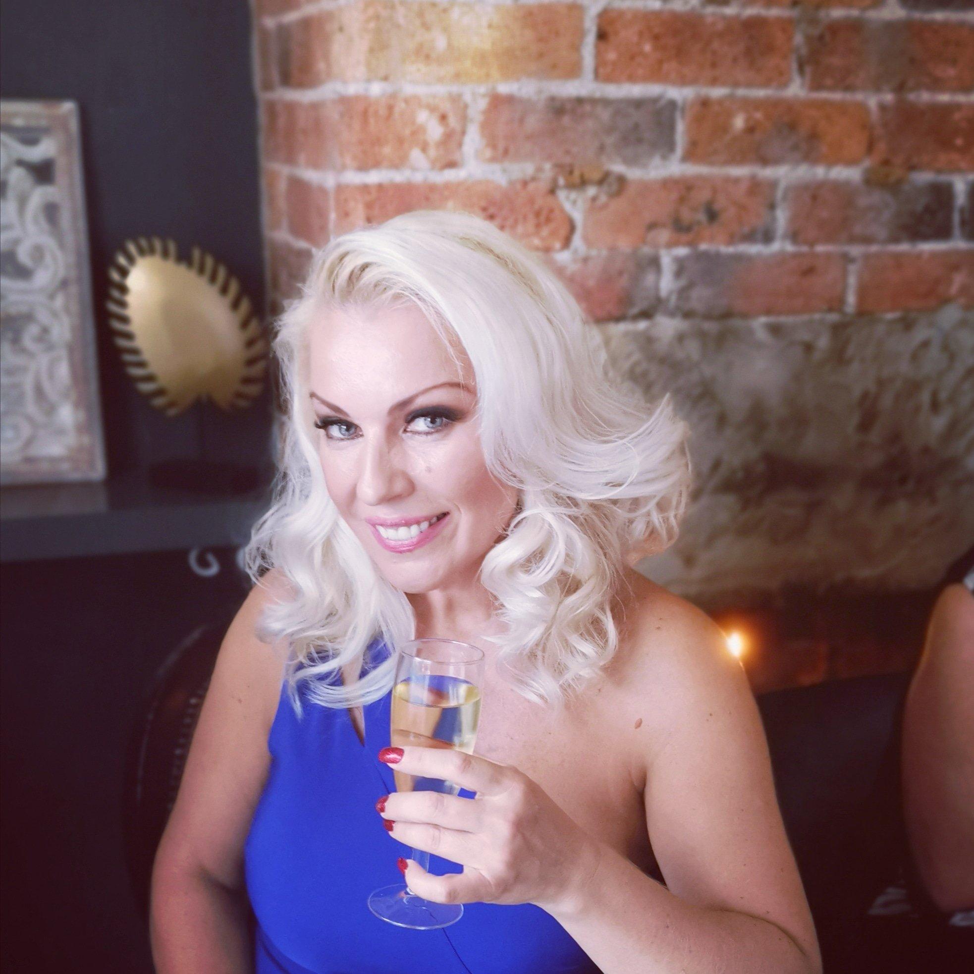 Lana Cox: биография актрисы